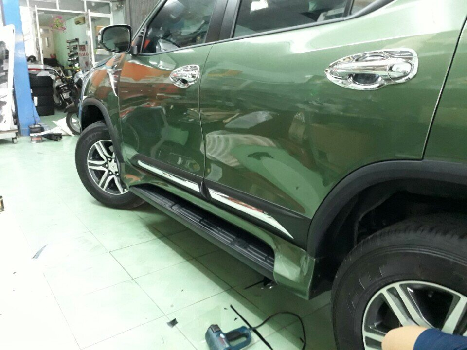 body-ativus-fortuner-mau-khong-dung-hang1